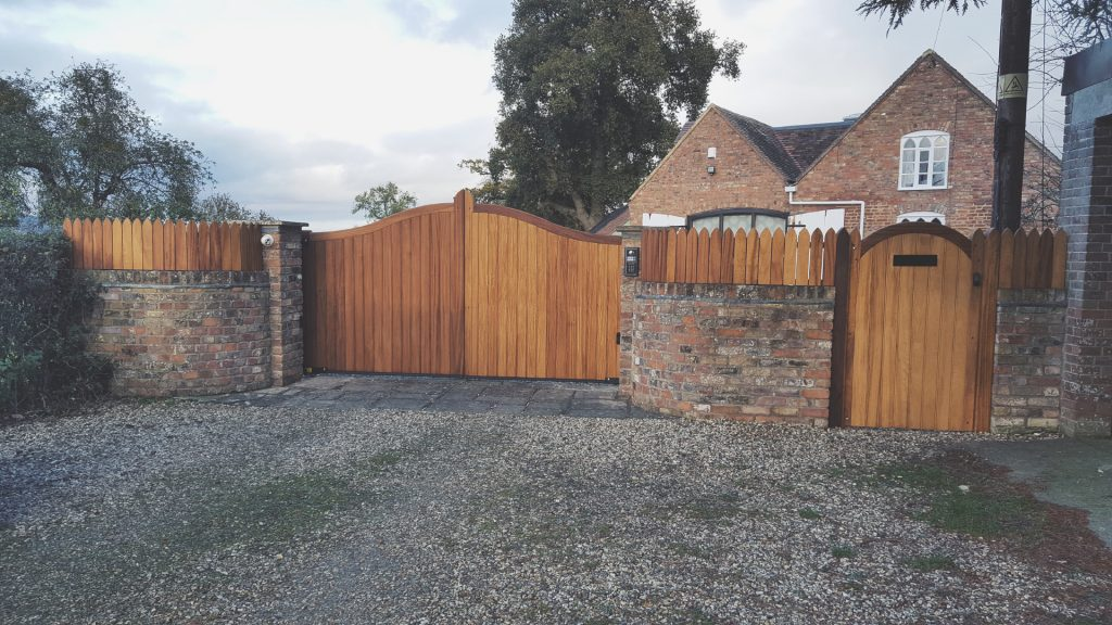 Home Electric Gates Gate Systems Electric Doors Gloucestershire