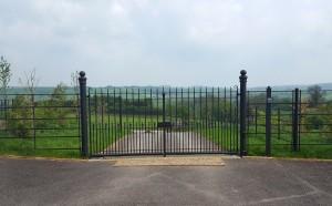 Metal Gates (15)