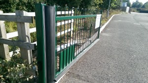 Metal Gates (19)