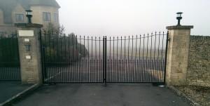 Metal Gates (21)