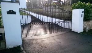 Metal Gates (8)