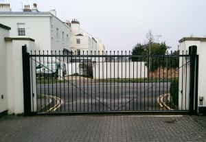 Sliding Gates (2)