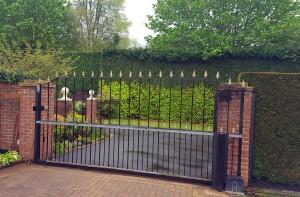 Sliding Gates (8)