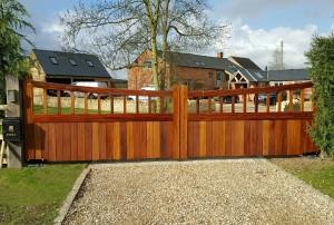 Wooden Gates (10)