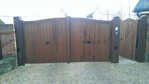 Wooden Gates (12)