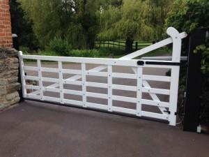 Wooden Gates (15)