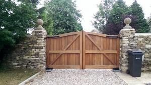 Wooden Gates (16)