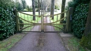 Wooden Gates (22)