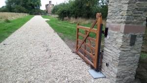 Wooden Gates (37)