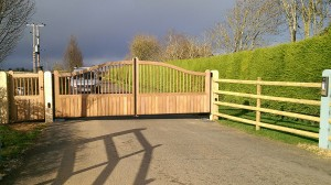 Wooden Gates (39)