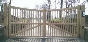 Wooden Gates (49)