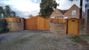 Wooden Gates (54)