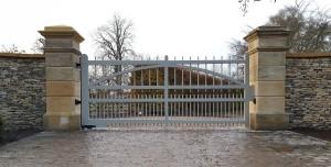 Wooden Gates (55)