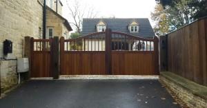 Wooden Gates (58)