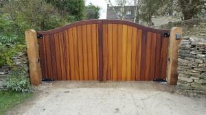 Wooden Gates (65)