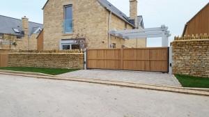 Wooden Gates (66)