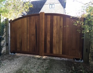Wooden Gates (67)