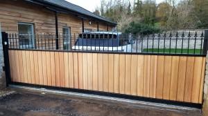 Wooden Gates (69)