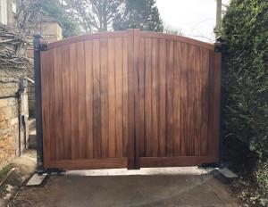 Wooden Gates (71)
