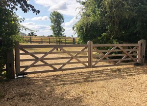 Wooden Gates (75)