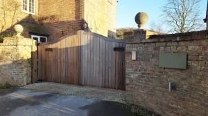Wooden Gates (81)
